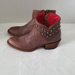 Macie Bean Western Pebbled Studded Ankle B…